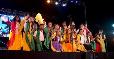 El Coro del Colegio Nacional de Gira Internacional