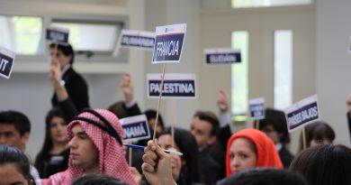 Más de 400 estudiantes debatieron en Modelo ONU del Colegio Nacional