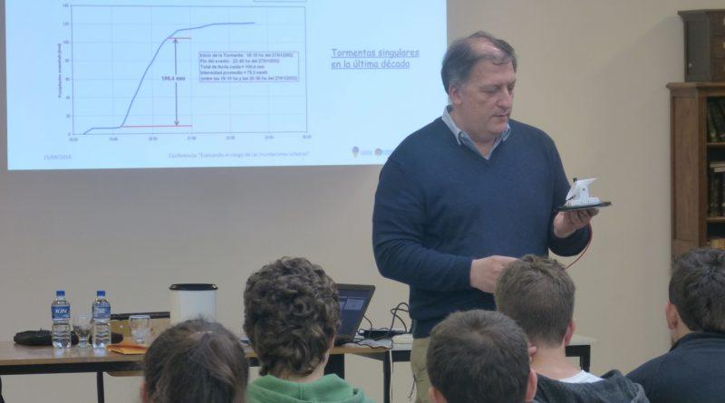 El Ing. Pablo Romanazzi disertó sobre las inundaciones en La Plata